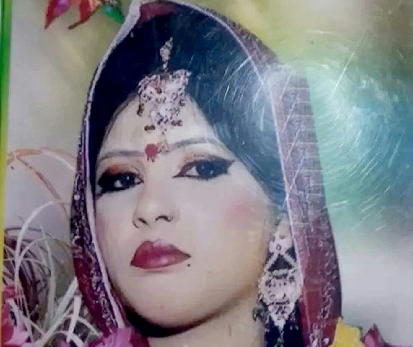 ভুজপুরে গৃহবধুকে গলাকেটে হত্যা : দুজন আটক
