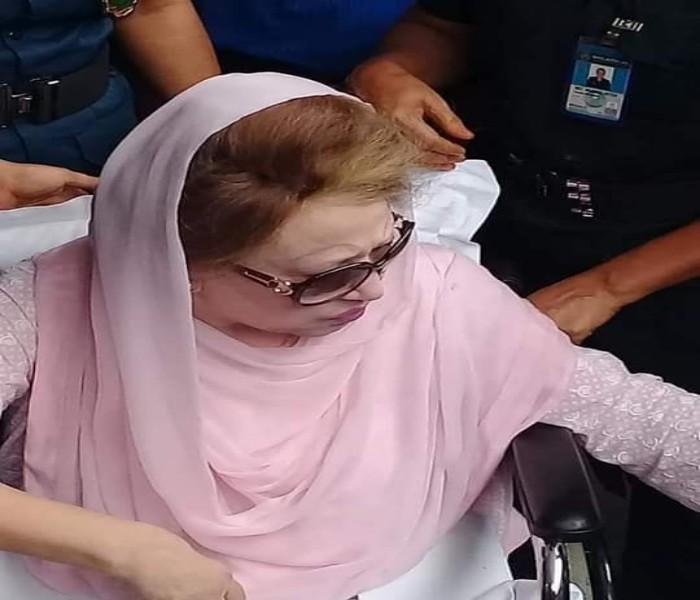 আজ খালেদা জিয়ার সুস্থতা কামনায় বিএনপির দোয়া মাহফিল