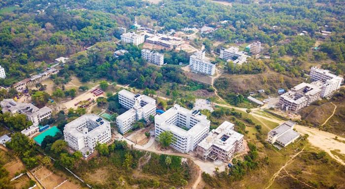 দুই সপ্তাহের ছুটিতে কুমিল্লা বিশ্ববিদ্যালয়